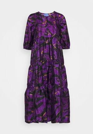KEELYCRAS DRESS - Vestido informal - savannah