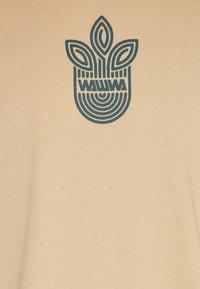 WAWWA - LEAF LOGO UNISEX - Camiseta estampada - sand - 2