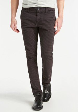 SUPER SKINNY - Spodnie materiałowe - braun