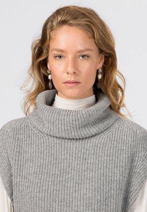 REAL FRESHWATER PEARLS - Earrings - silbergrau