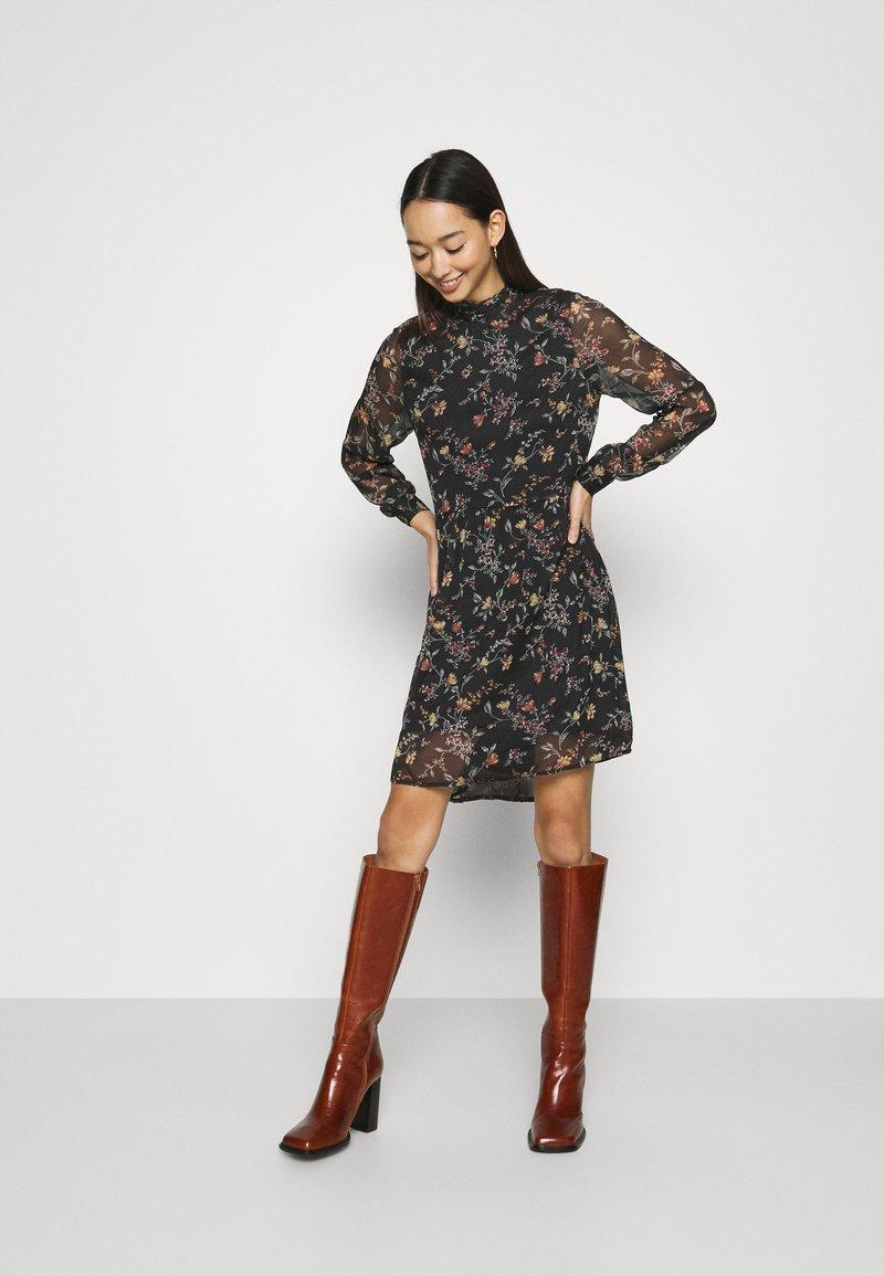 Vero Moda - VMTILI HIGH NECK SHORT DRESS - Day dress - black/tiny
