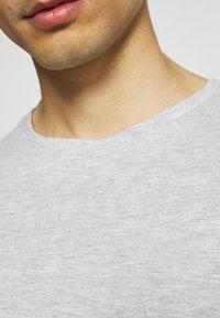 Pier One - 7 PACK - T-shirt - bas - dark blue/black/white - 7
