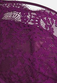 City Chic - DELORES BRA - Soutien-gorge à armatures - magenta purple - 2