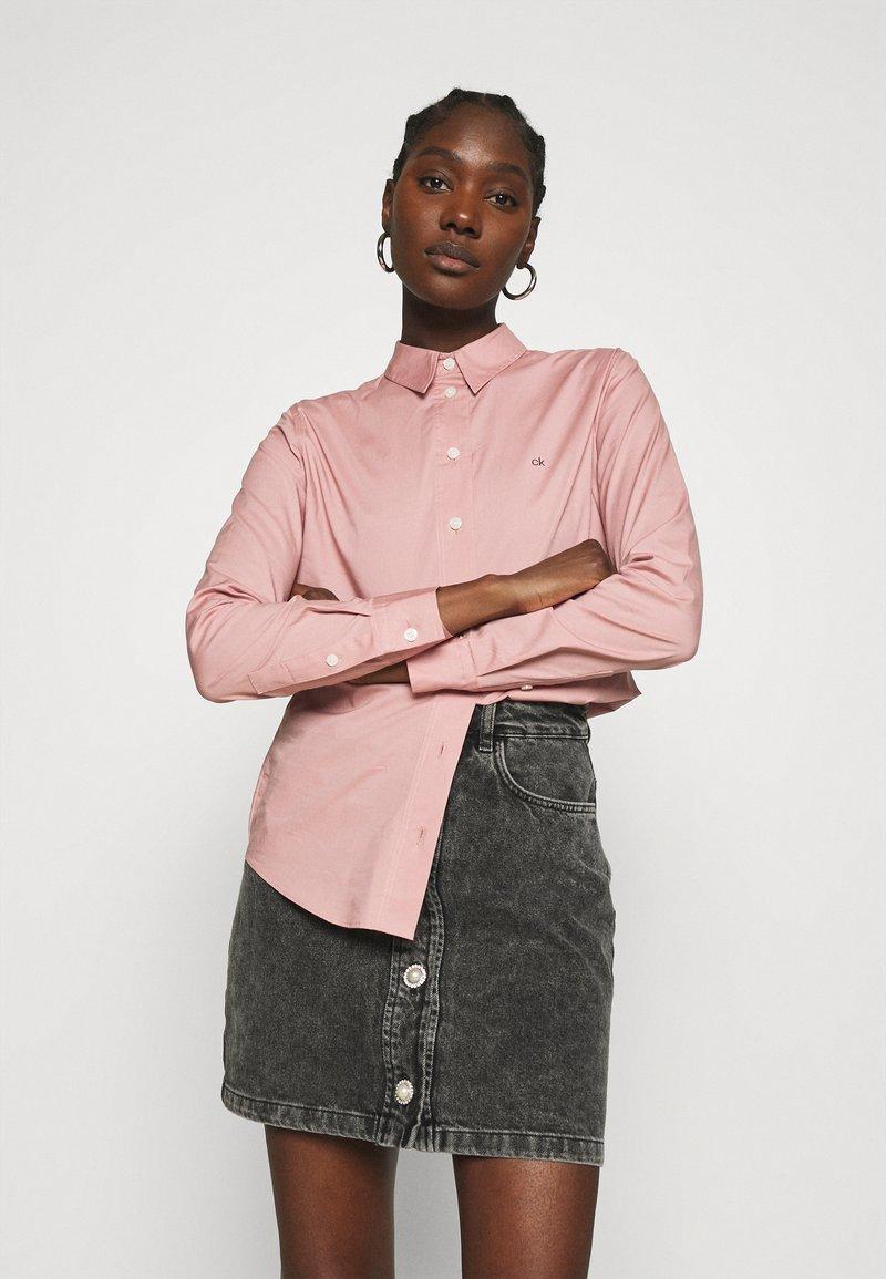 Calvin Klein - SLIM - Košile - muted pink