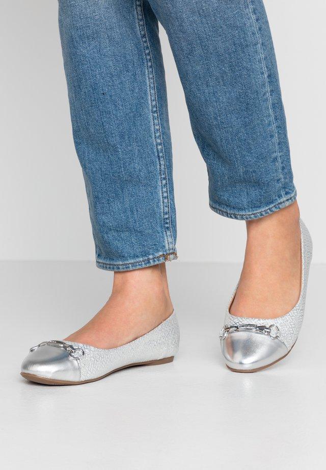 BELLE - Ballet pumps - silver