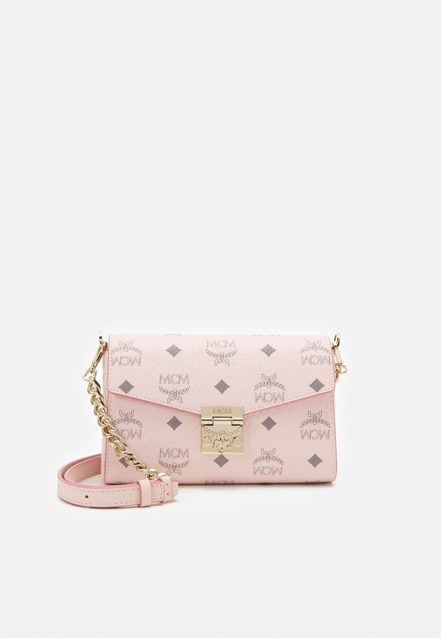 MILLIE VISETOS CROSSBODY SMALL - Borsa a tracolla - powder pink