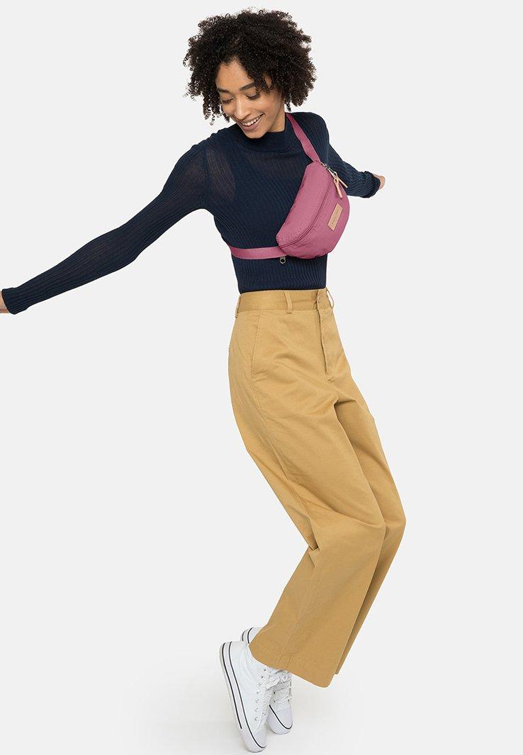Eastpak - SUPERGRADE - Bum bag - pink