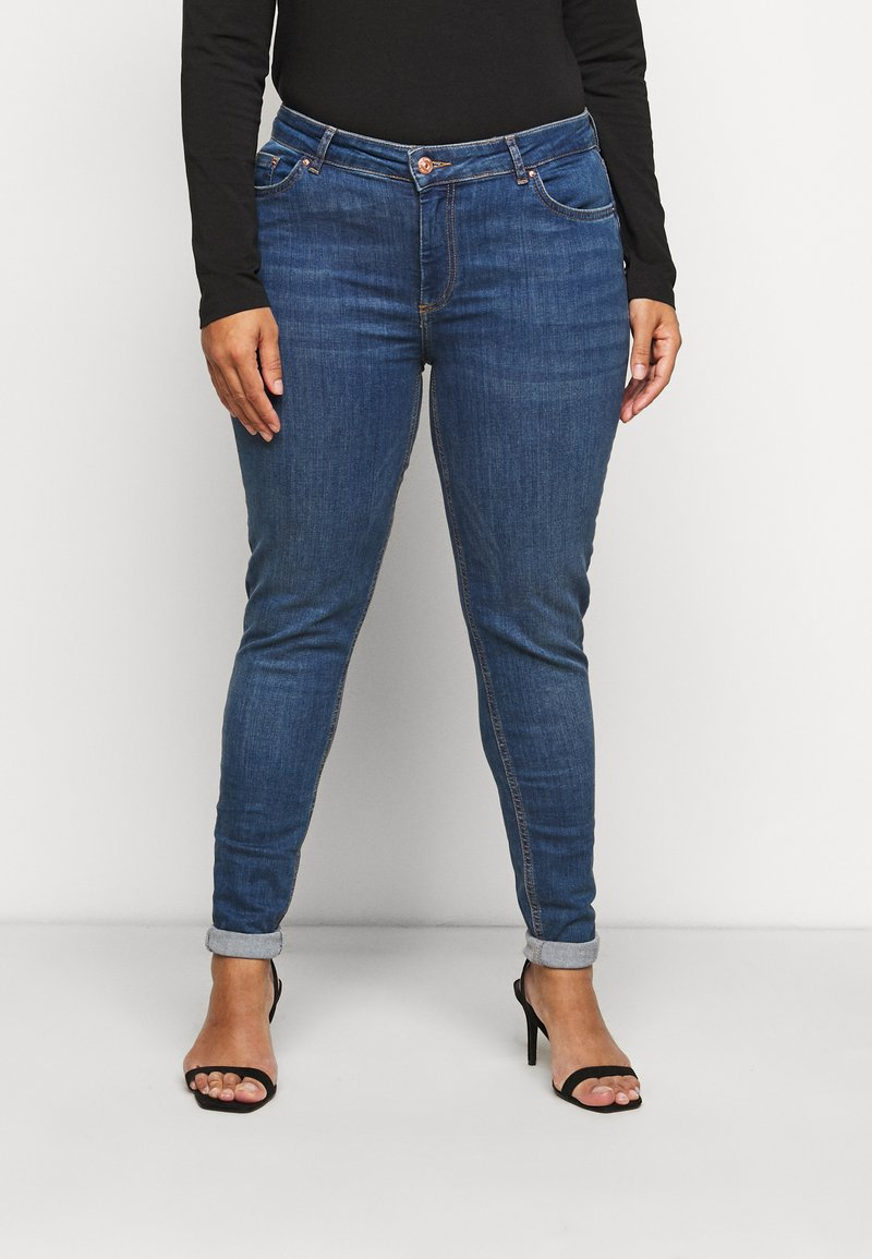 Pieces Curve - PCDELLY - Jeans Skinny Fit - medium blue denim