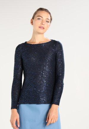 ONLADELE  - Strickpullover - sky captain/matching sequins