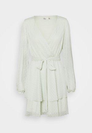 LOVEABLE WRAP DRESS - Cocktailkjole - mint
