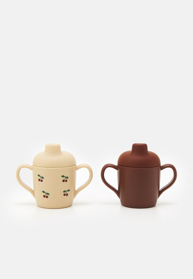 SIPPY CUP 2 PACK UNISEX - Tuttipullo - brown/beige