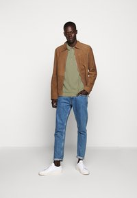 CLOSED - Polo shirt - soft khaki - 1
