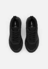 Rubi Shoes by Cotton On - BLAKE DAD TRAINER - Sneakersy niskie - black - 5