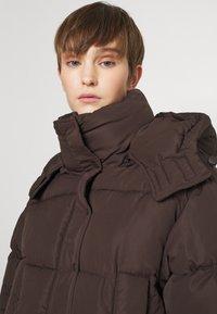Sixth June - SHORT PUFFER JACKET HOOD - Winter jacket - brown - 4