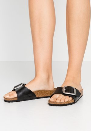 MADRID BIG BUCKLE - Sandalias planas - graceful licorice