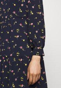 Lauren Ralph Lauren - PRINTED DRESS - Vapaa-ajan mekko - navy/pink - 5