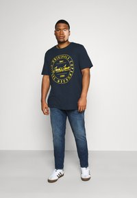 Jack & Jones - T-shirts print - navy blazer - 1