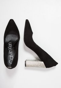 Calvin Klein - NEEMA - Szpilki - black - 3