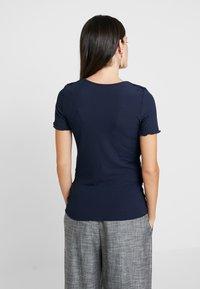 Dorothy Perkins Maternity - LAYERED NURSING TEE - T-shirt med print - navy - 2