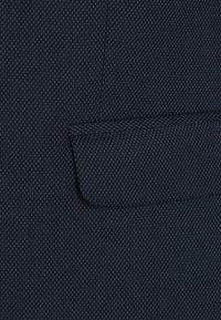 Isaac Dewhirst - BIRDSEYE SUIT - Garnitur - dark blue - 6