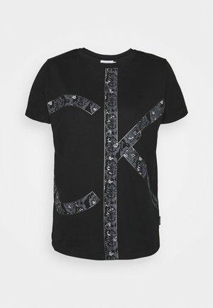 PRINT REGULAR FIT - Print T-shirt - black