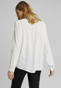Esprit Collection - TOUCH ECO - Button-down blouse - off white - 2