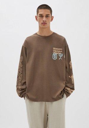 Långärmad tröja - mottled light brown