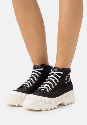 TREKKA MIDSUMMER LACE  - Sneakersy wysokie - black