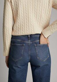 Massimo Dutti - Straight leg jeans - dark blue - 4