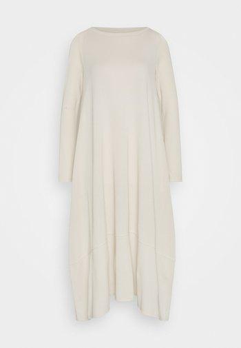 NYSSA - Vestido informal - beige