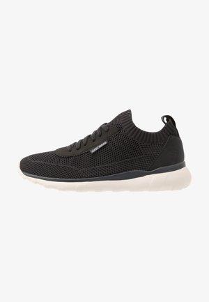 BULGER - Sneaker low - charcoal