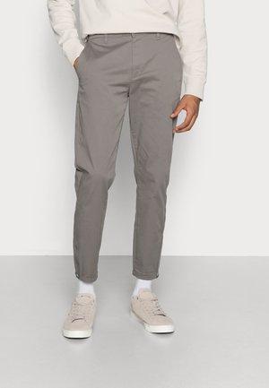 PISA SUSTAINABLE - Chino kalhoty - grey