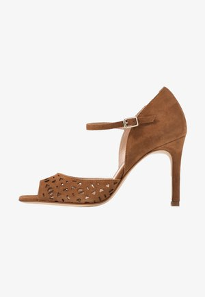 ALDA - Sandals - caramel