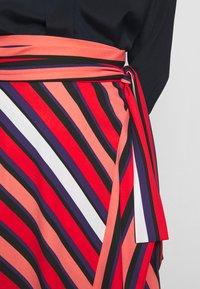 Diane von Furstenberg - TILDA - A-line skirt - shadow/pop red - 6