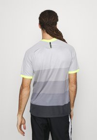 Nike Performance - TOTTENHAM HOTSPURS  - Club wear - medium silver/lemon - 2