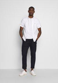 Tommy Hilfiger - SLIM SHIRT  - Shirt - white - 1