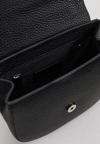 Decadent Copenhagen - KIM SATCHEL BAG - Across body bag - black - 4