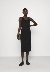 Filippa K - HONOR SKIRT - Pencil skirt - black - 1