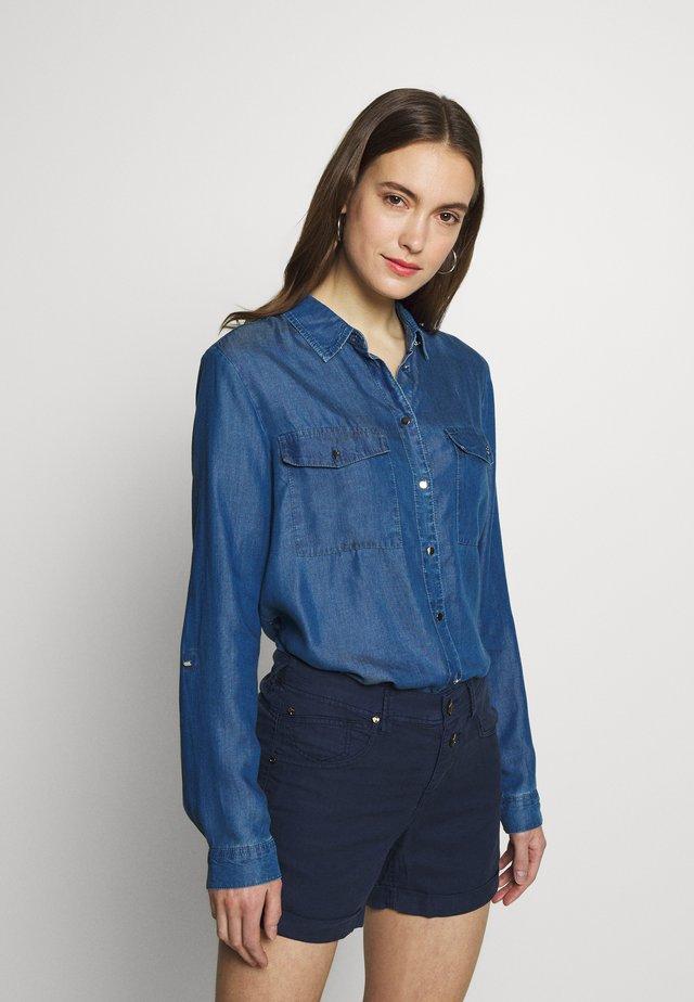 Skjortebluser - blue denim