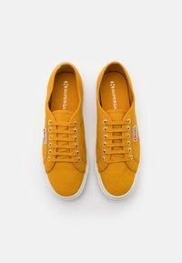 Superga - 2750 COTU CLASSIC UNISEX - Trainers - yellow golden - 3