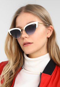 VOGUE Eyewear - Sunglasses - white/gold-coloured - 1