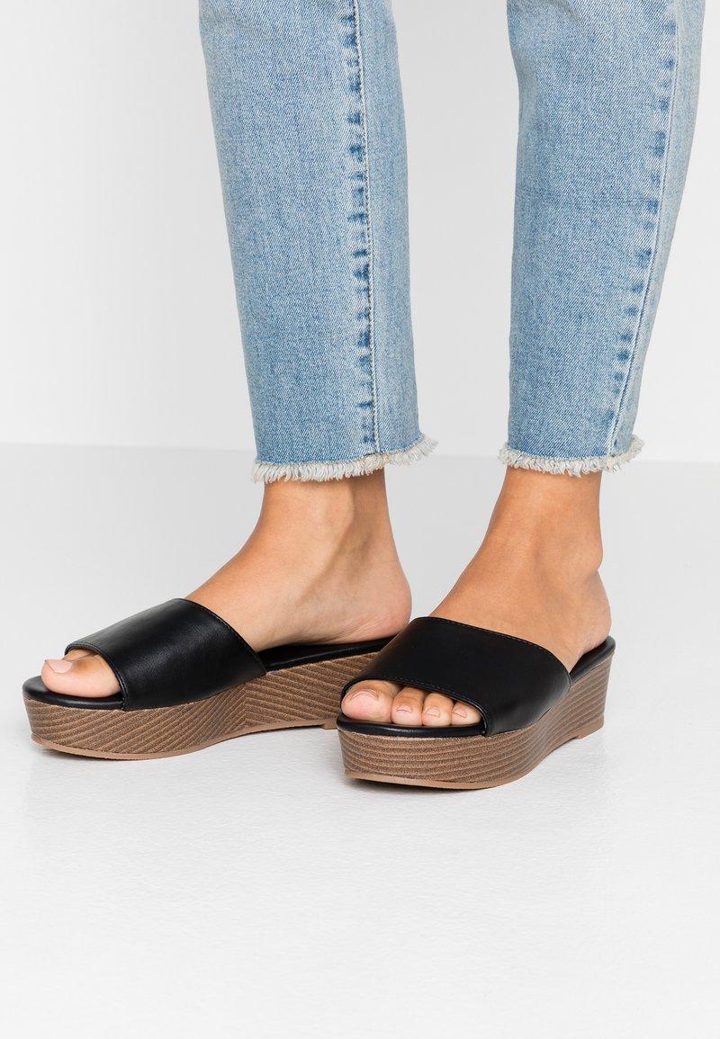 Rubi Shoes by Cotton On - PHOEBE FLATFORM - Heeled mules - black
