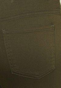 Marks & Spencer London - Jeans Skinny Fit - khaki - 6