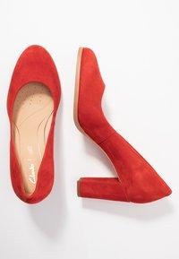 Clarks - KAYLIN CARA - Classic heels - red - 3
