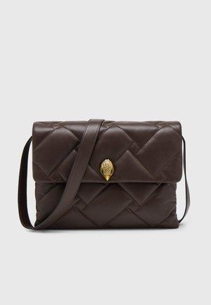 KENSINGTON SOFT BAG - Handtas - brown