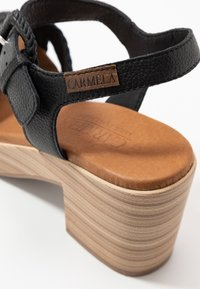 Carmela - Sandały na platformie - black - 2