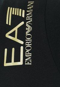 EA7 Emporio Armani - Basic T-shirt - black - 2