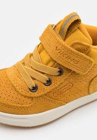Viking - SAMUEL MID WP UNISEX - Hiking shoes - mustard - 5