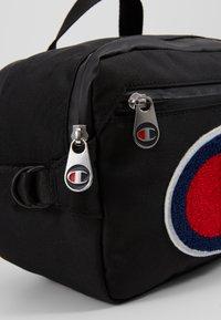 Champion - BELT BAG - Bum bag - new black - 7