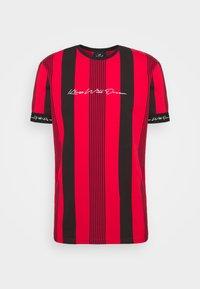 VEDTON STRIPE TEE - T-shirt med print - red/black